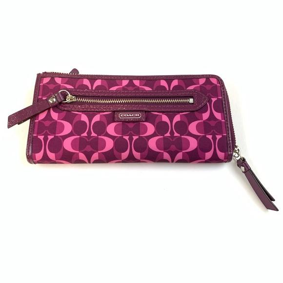 Coach Handbags - Coach Womens Wallet Partial Zip Around Accordion
